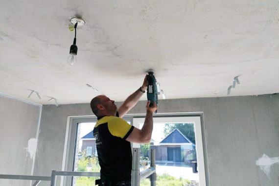 Snelhangers Plafond Project Villa Ter Aar